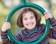 girl-green-ring